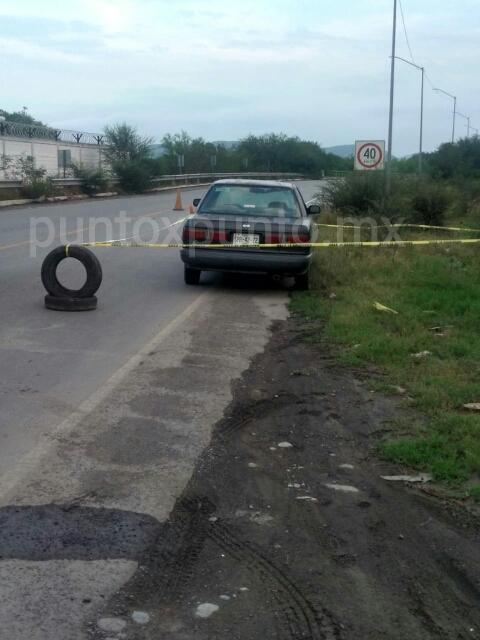 POLICÍA DE MONTEMORELOS RECUPERA VEHÍCULO ROBADO EN SANTIAGO, DETIENEN A UNO.