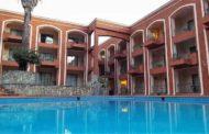 DESALOJAN CON PODER JUDICIAL HOTEL COLA DE CABALLO EN SANTIAGO.